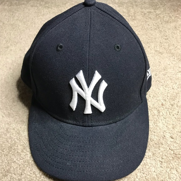 "9b9edf8d10b57 ... Era ""Low crown"" New York Yankees. M 5a7ef46a5512fd5ca75ad094"